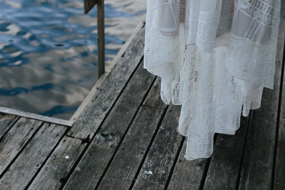 Toronto-Wedding-Photographer-Muskoka-Wedding-Lakeside-Forest-Theme-Boho-Bride-Vintage-wedding-dress.jpg