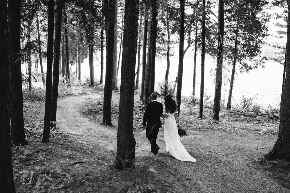 Muskoka-Cottage-Wedding-Photography-Photographer_Photojournalistic-Documentary-Wedding-Photography_Vintage-Bride-Sherwood-Inn-Lake-Wedding-Venue_Lakeside-Ceremony-Bride-and-Father.jpg