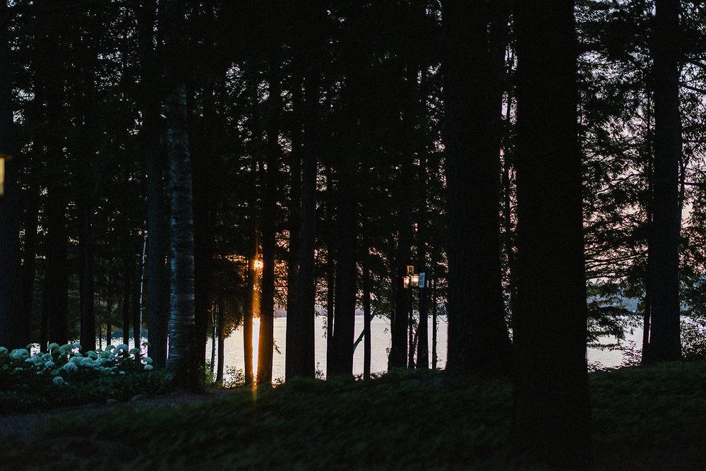 Muskoka-Cottage-Wedding-Photography-Photographer_Photojournalistic-Documentary-Wedding-Photography_Vintage-Bride-Lovers-Land-Dress_Rue-Des-Seins_Forest-Wedding-Venue-Beautiful-Sunset.jpg