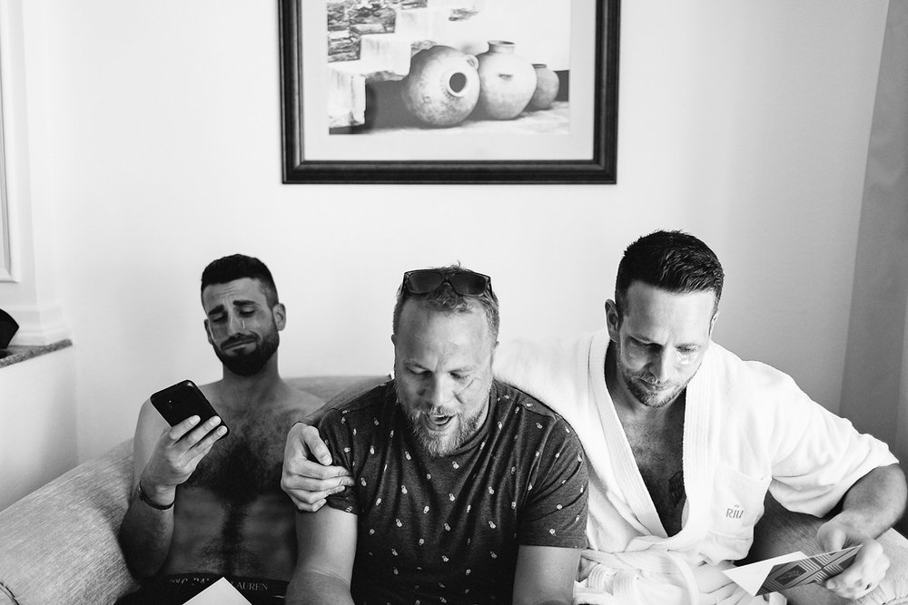 cabo-san-lucas-wedding-travelling-destination-wedding-photographer-toronto-wedding-photographers-3b-photography-hipster-trendy-documentary-style-mexico-wedding-groom-getting-ready-candids-reading-cards-crying-emotional.jpg