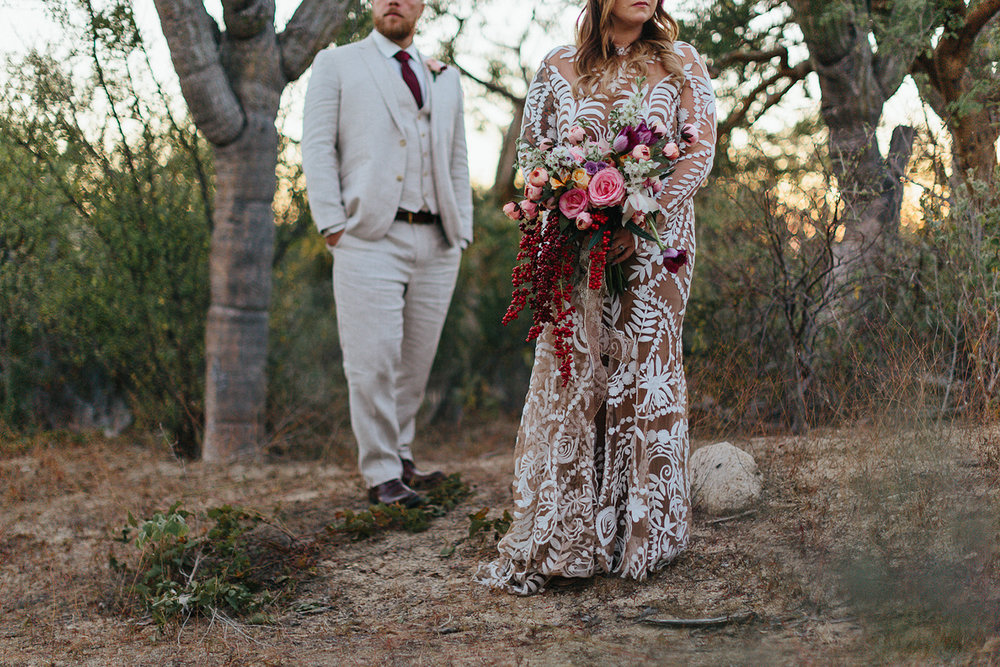 cabo-san-lucas-wedding-travelling-destination-wedding-photographer-toronto-wedding-photographers-3b-photography-hipster-trendy-documentary-style-mexico-wedding-bride-and-groom-portraits-alternative-romantic-artistic-details.jpg