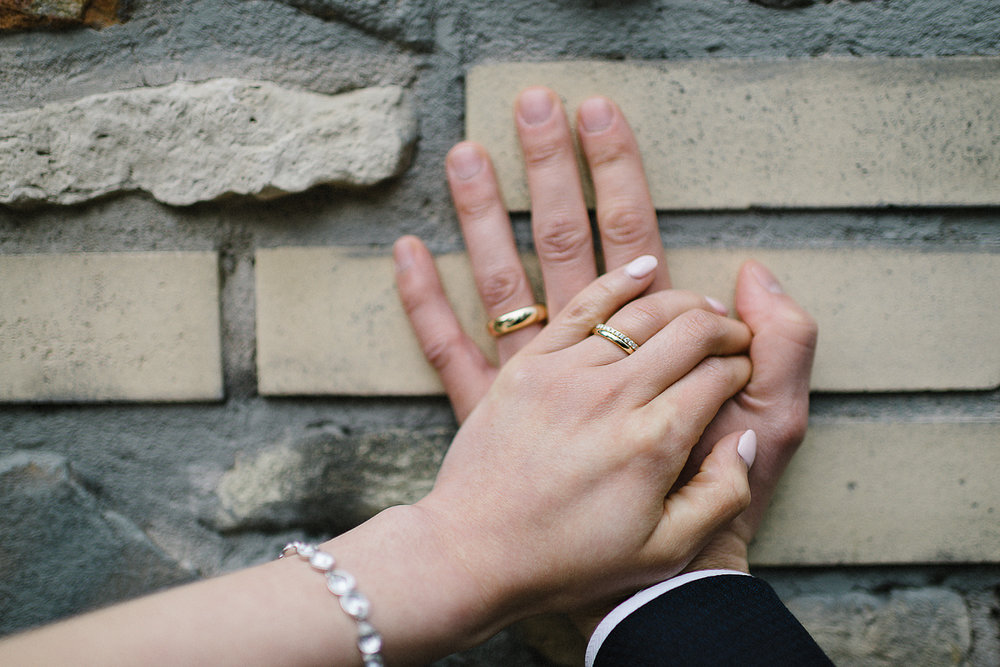 Toronto-Cloud-Gardens-Wedding-Best-Wedding-Photography-Toronto-Financial-District-Chse-Restaurent-Small-Intimate-Vintage-Wedding-Photography-Portrait-Bride-Groom-Wedding-Rings.jpg