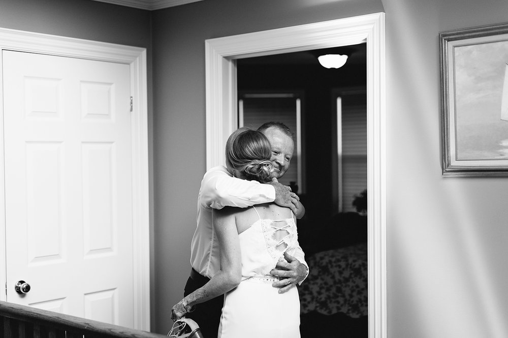 Mono-Cliffs-Inn-Wedding-Country-House-Farm-Ontario-Wedding-Photography-Vintage-Bride-and-Groom-Wedding-Inspo-Best-Toronto-Wedding-Photographer-Bride-Getting-Ready-childhood-home-first-look-with-dad-candid-real-moments-hugging.jpg