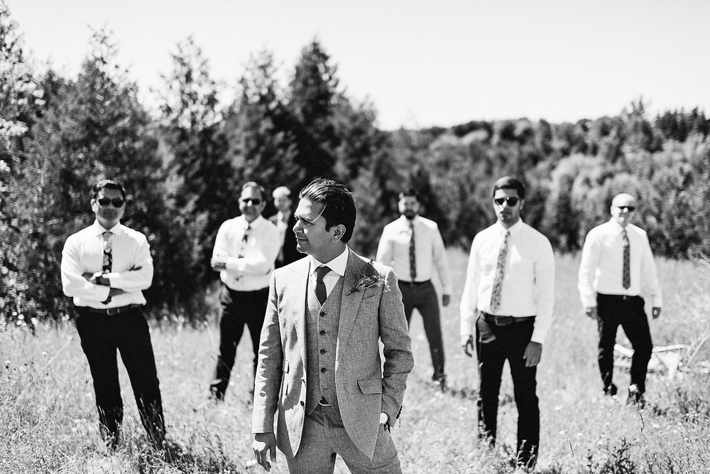DIY-Countryhouse-Wedding-Vintage-Bride-and-Groom-Outdoor-Summer-Wedding-Reception-Beneath-a-Willow-Tree-Analog-Film-Kodak-TriX-Candid-Documentary-Photojournalistic-Wedding-Photography-Candid-Groomsmen-Portrait.jpg