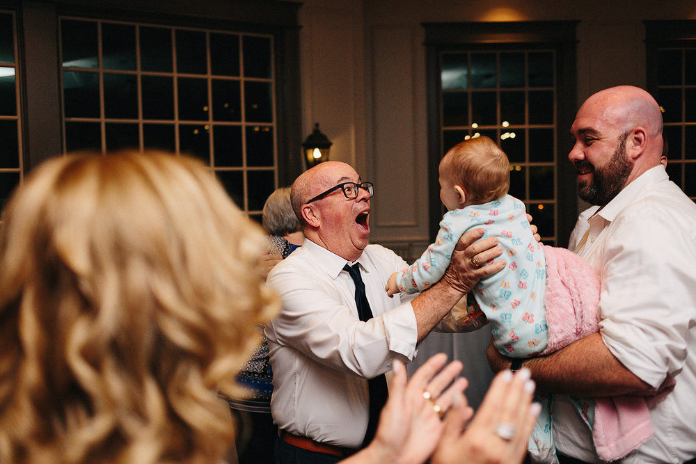 3b-photography-kleinberg-the-doctors-house-junebug-wedding-inspiration-large-wedding-reception-simple-modern-cool-bride-and-groom-first-dance-cute-emotional-moment-beautiful.jpg