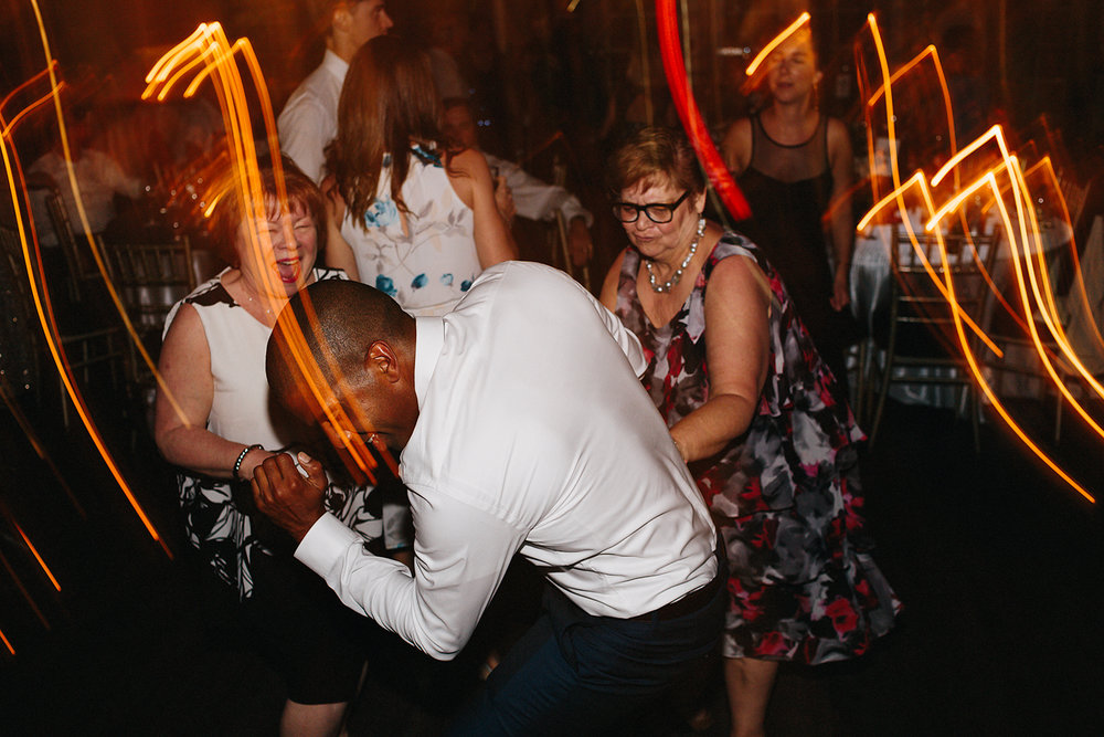 3b-photography-kleinberg-the-doctors-house-junebug-wedding-inspiration-large-wedding-reception-simple-modern-cool-dancing-party-time-ladies-grinding-funny-good-times.jpg