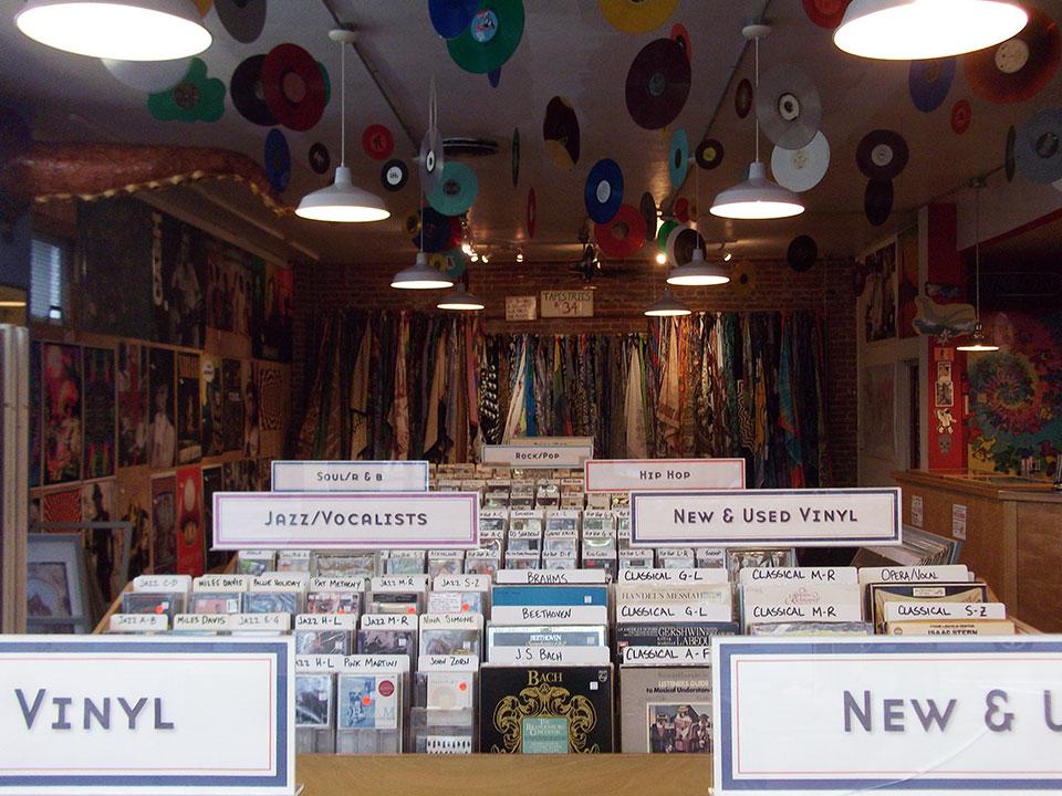 many-cds.jpg