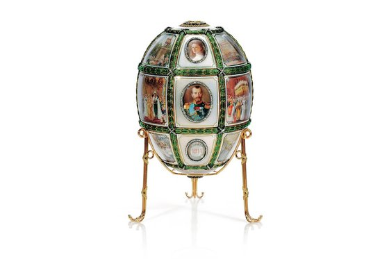 The Fifteenth Anniversary egg, records events from the first 15 years of Nicholas II's reign