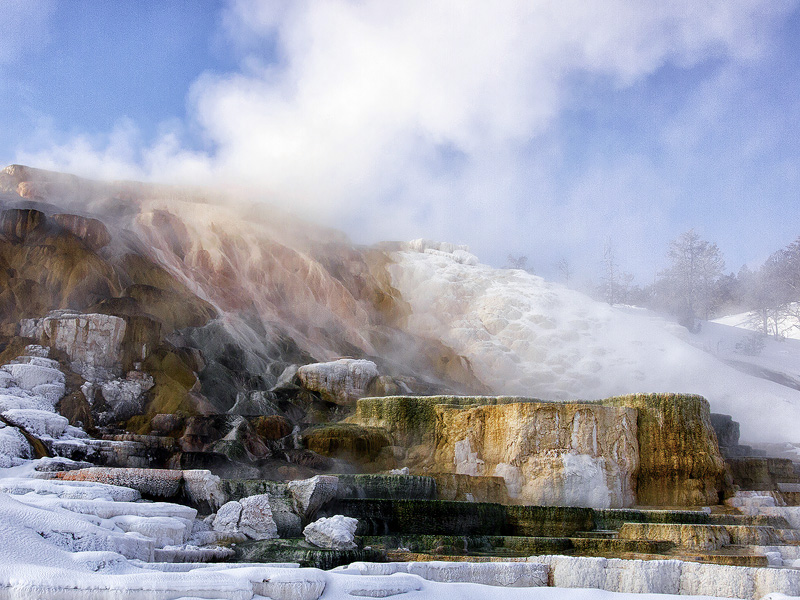 Mammoth hotsprings Yellowstone