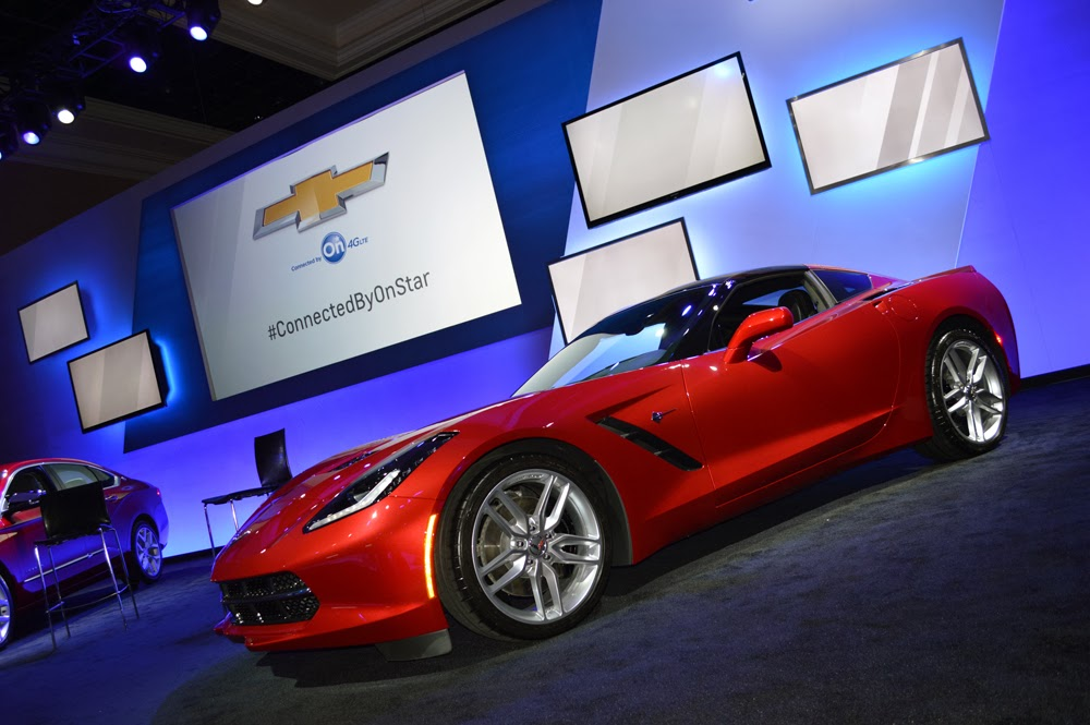 Chevrolet Corvette Stingray, this time in red!