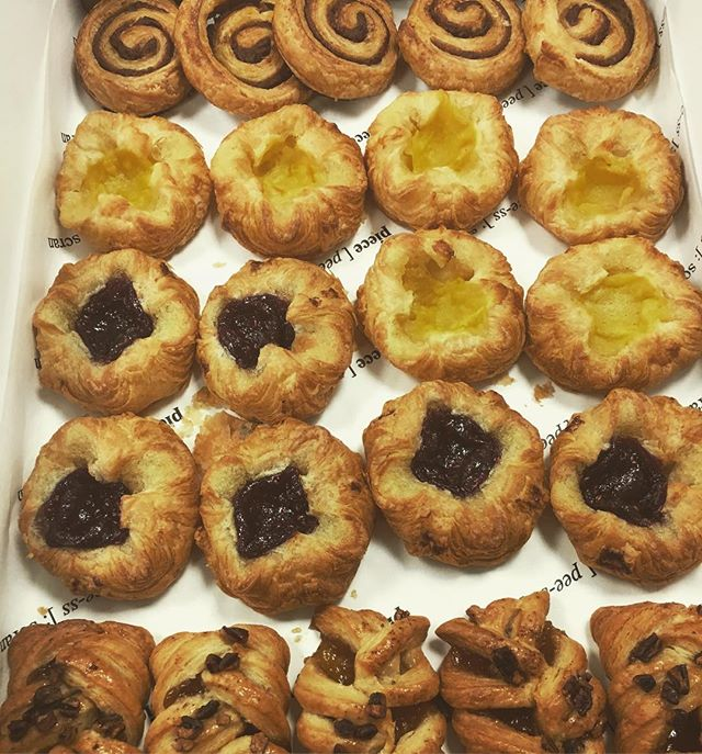 These little cuties are fresh out the oven and off to a hungry bunch of early risers #piece #catering #pieceglasgow #breakfast #pastries