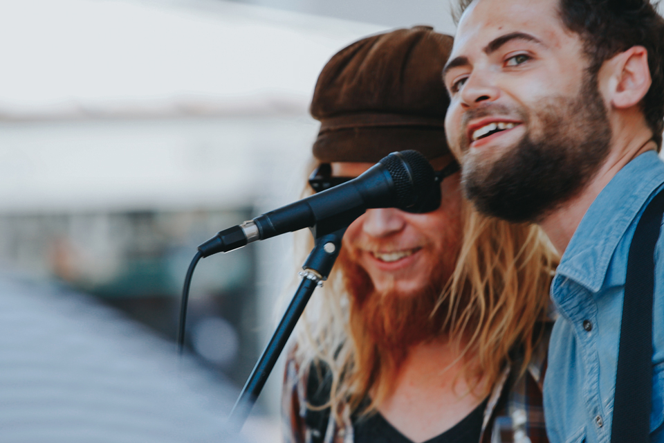 Passenger and Stu Larsen in Perth 2011.jpg