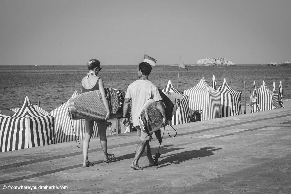 I AM SURF Film Festival Amsterdam Girl Go Big Alena and Ibon walking to surf.jpg