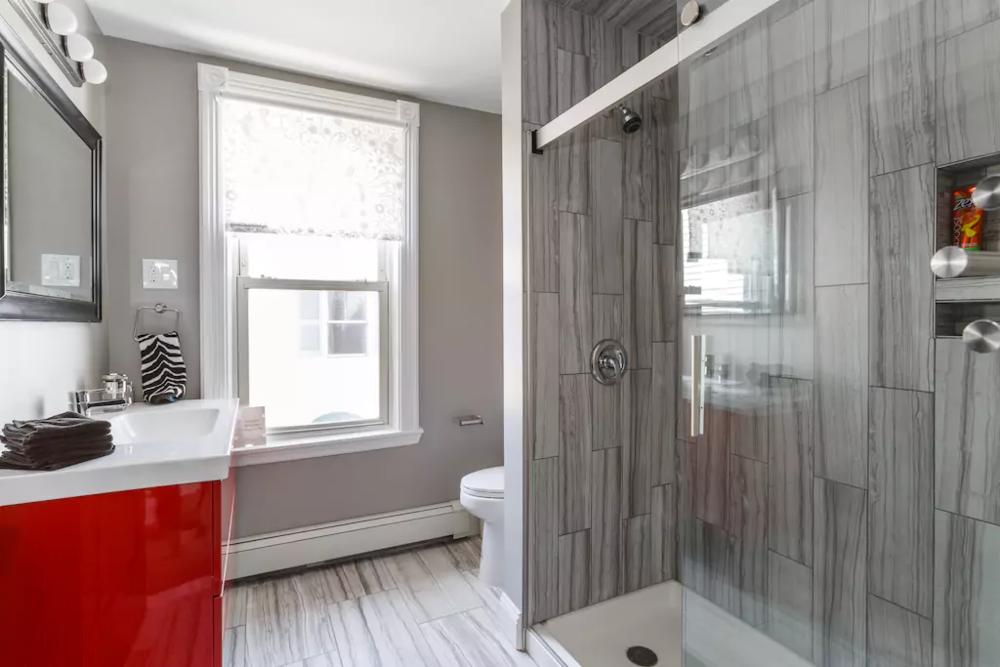 15 Large bathroom with big shower (no tub).png