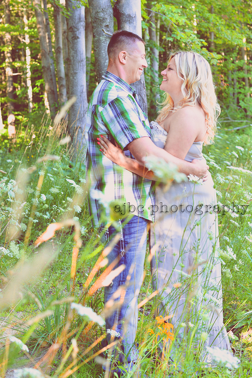 ajbcphotography_port huron_photographer_engagement_couples_love_outdoors_3