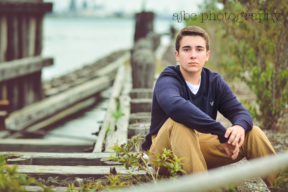 ajbcphotography_porthuron_Riverwalk_michigan_photographer_senior_boy_marsville_high school_outdoors_