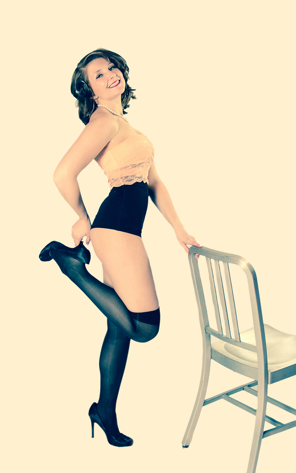 Pin Up Poster Girl Marysville Photographer.png