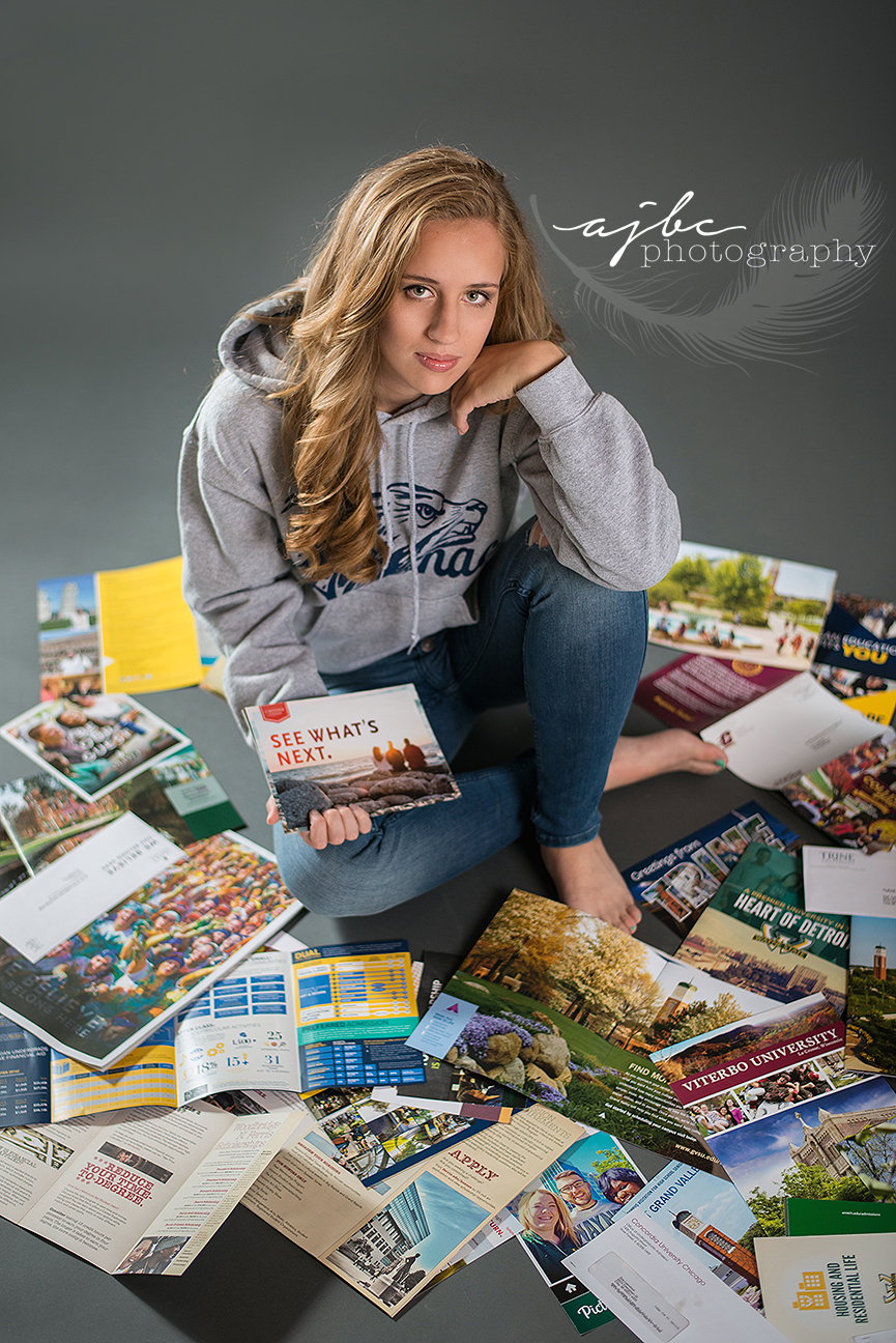 algonac-michigan-senior-photographer-1.jpg