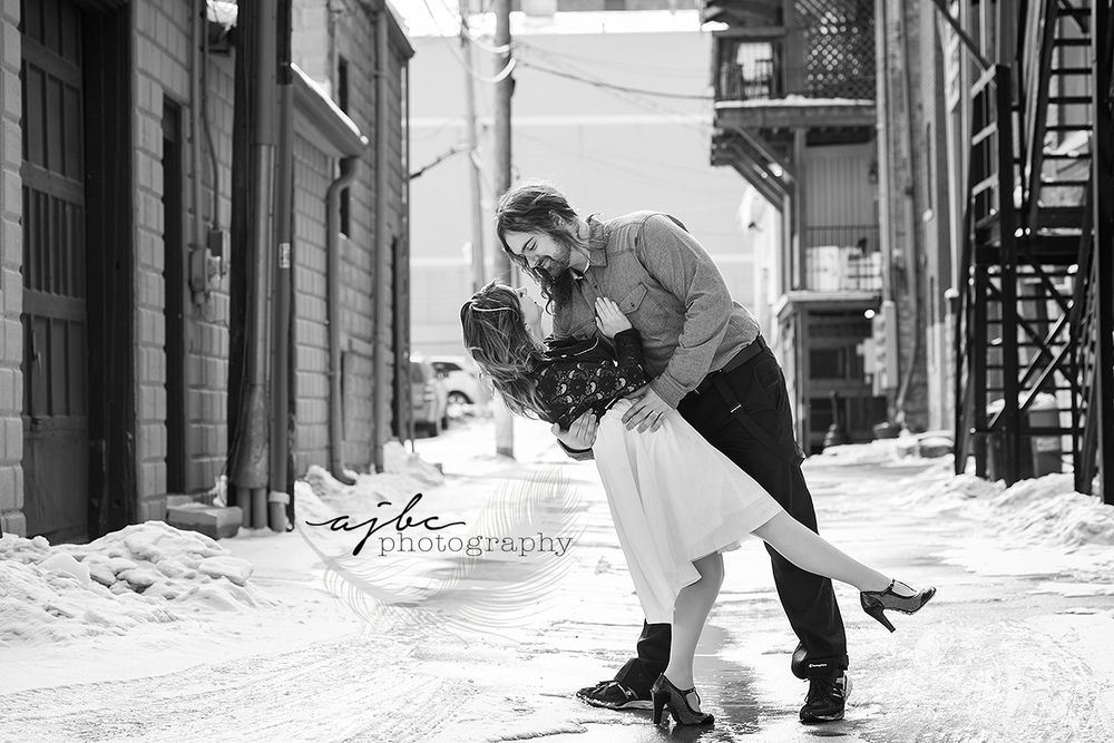 winter engagement photos.jpg