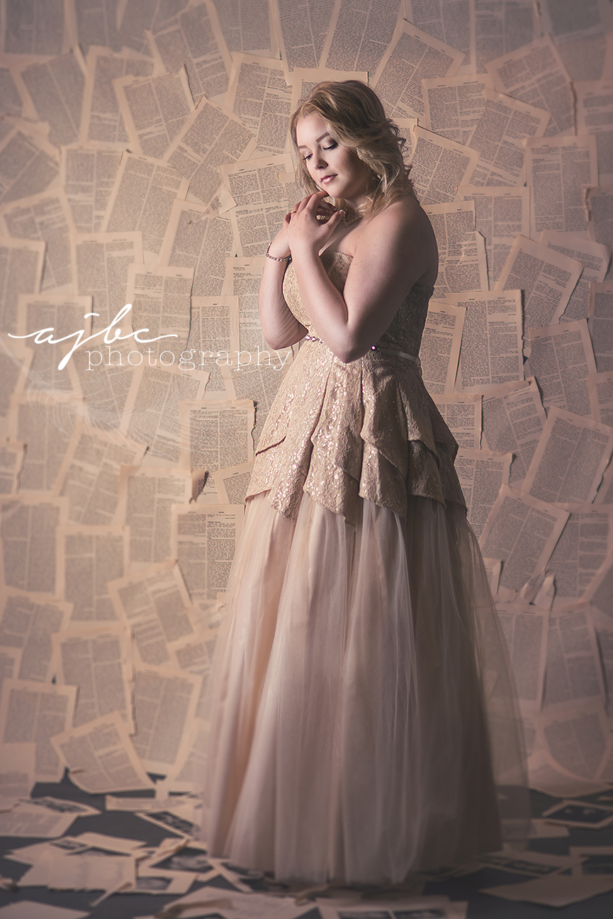 vintage senior dress photos.jpg