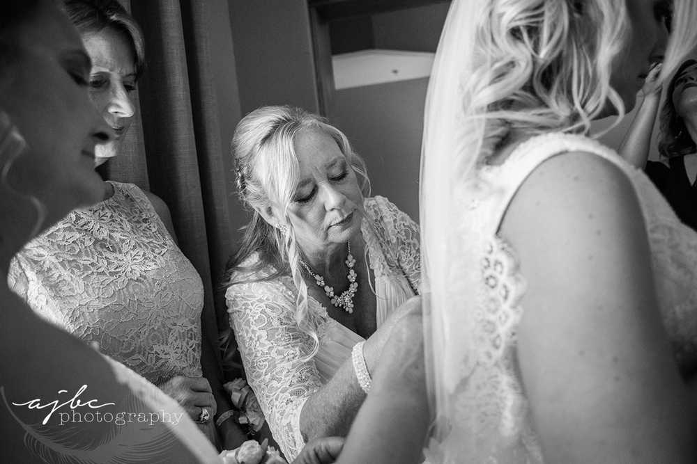 bride to be getting ready photos.jpg