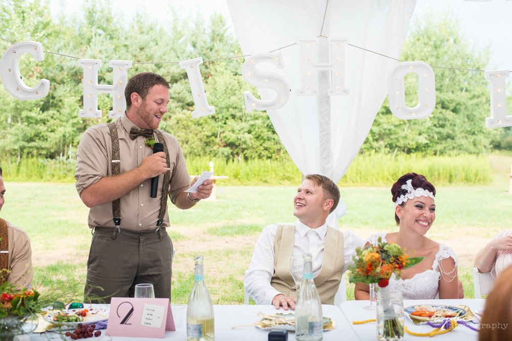best man speech michigan wedding photographer.jpg