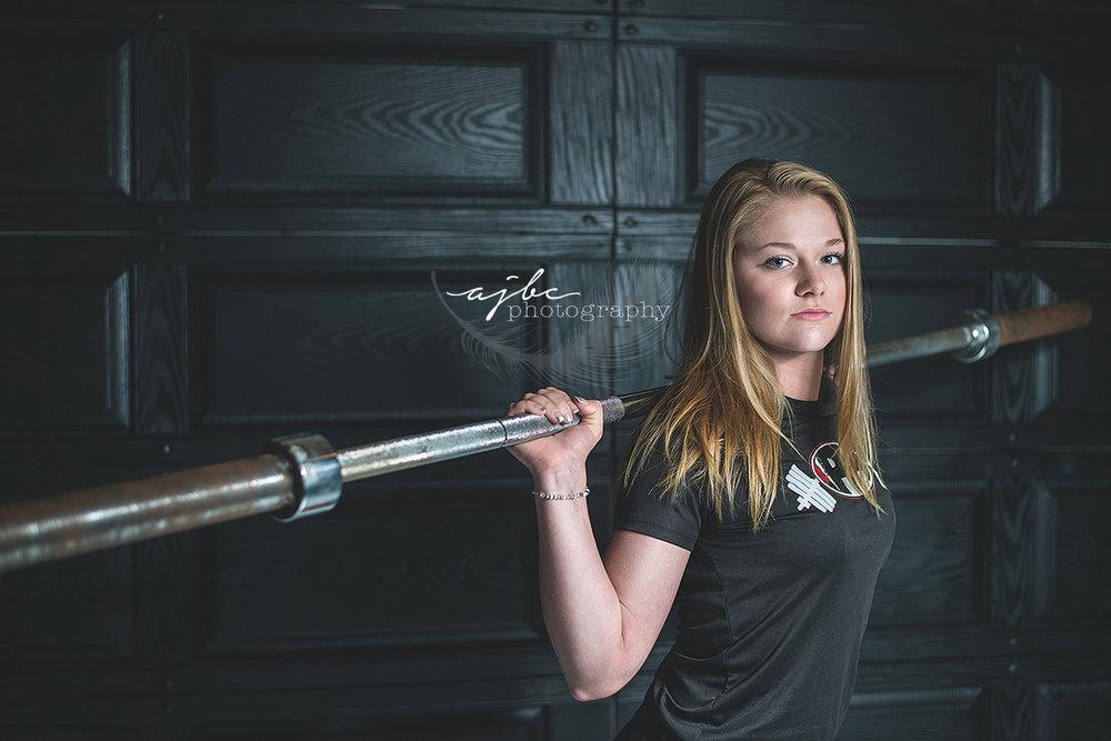 michigan senior photographer port huron high school senior dead lifter girls life weights .jpg