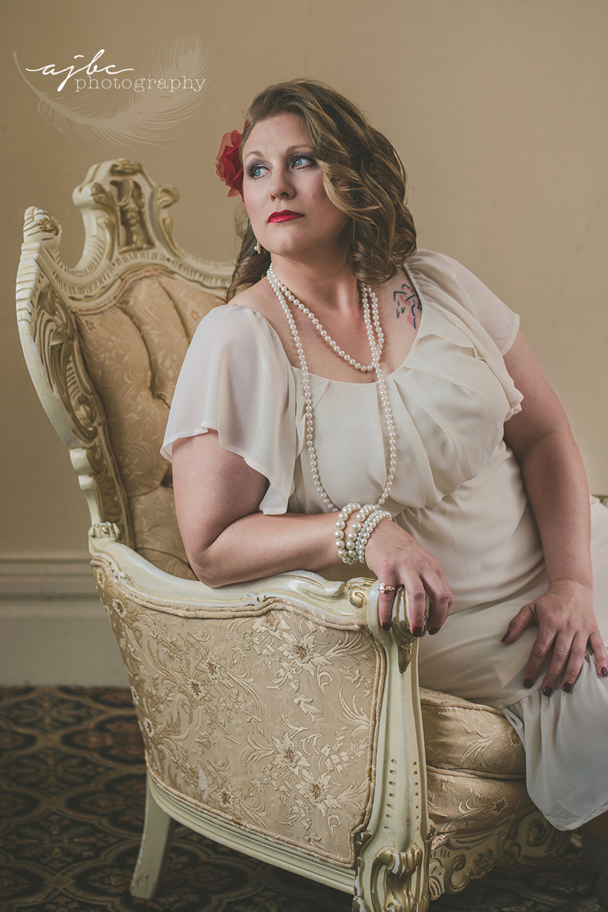 photoshoot in historic mansion st clair beauty photographer.jpg