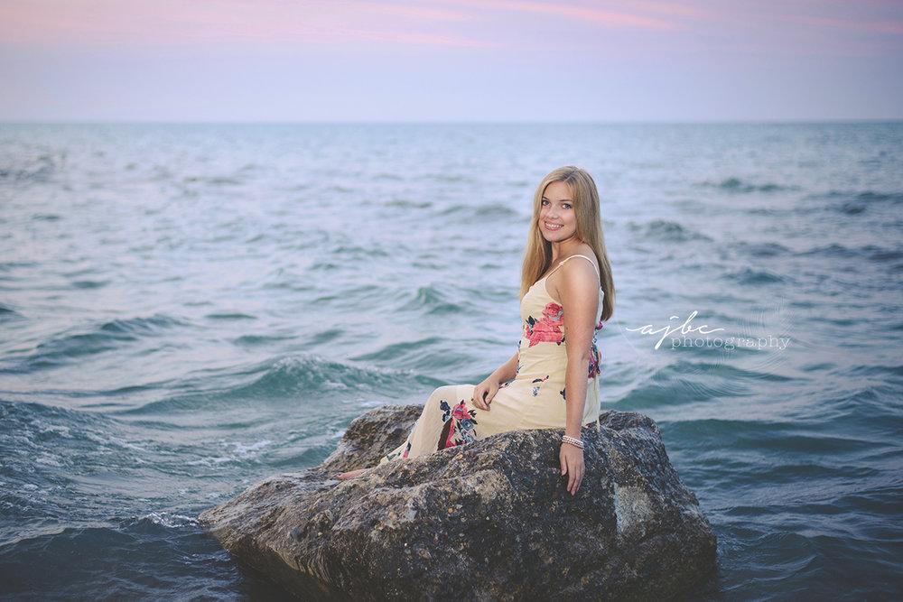 mermaid inspiried photoshoot best senior photographer.jpg