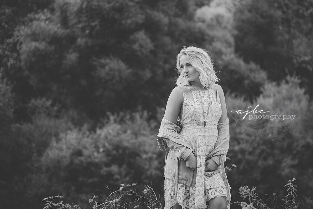 detroit michigan senior portrait photographer fall fashion beauty photographer senior girl class of 2018.jpg