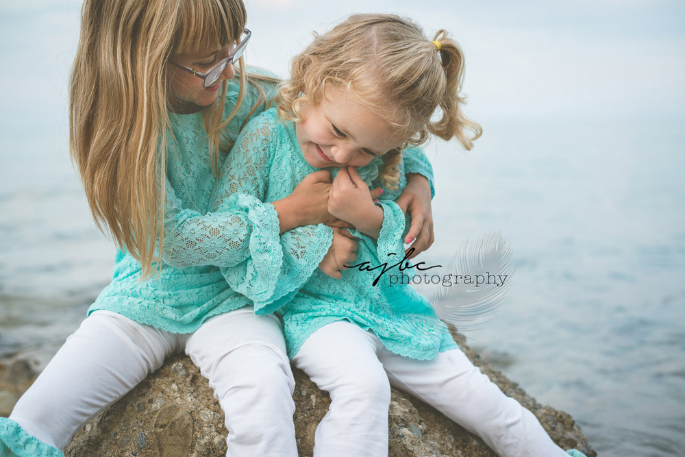 Lake Huron Kids lifestyle photography.jpg