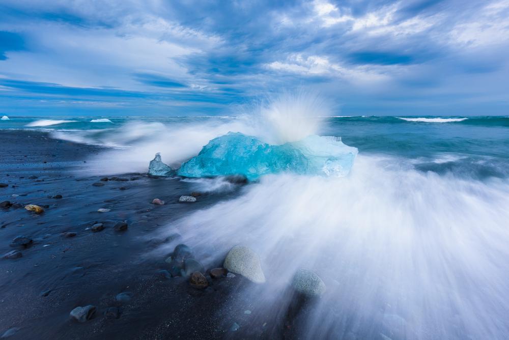 Ice Breaker,Jokulsarlon Lagoon,Iceland