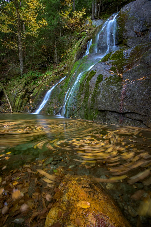 Swirls below Moss Glen