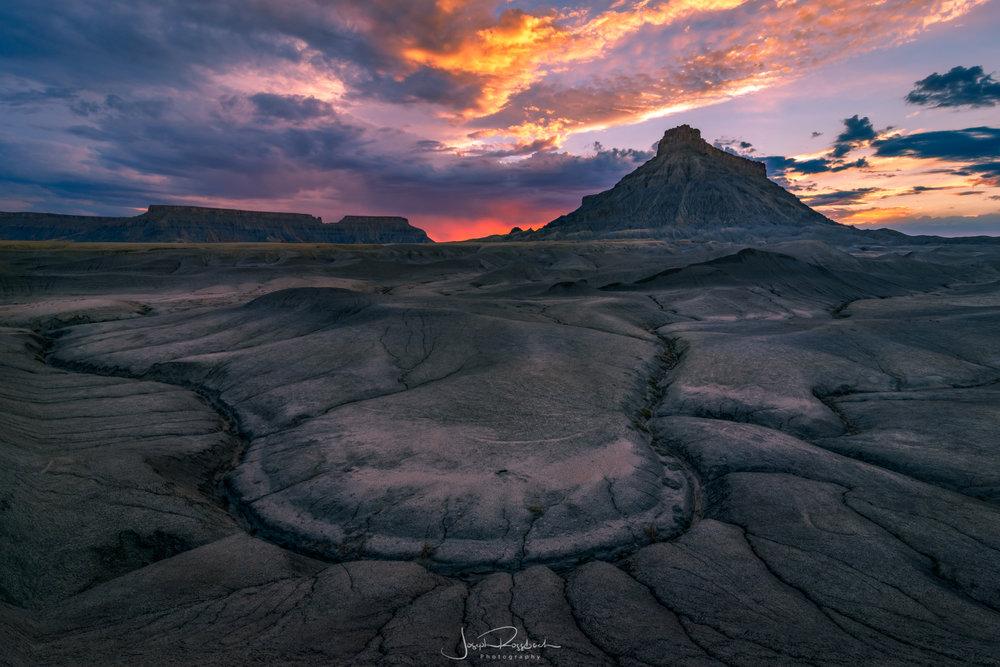 Olympus Mons, Cainville Badlands, Utah