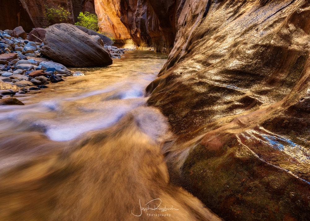 virgin-river-narrows-zion.jpg