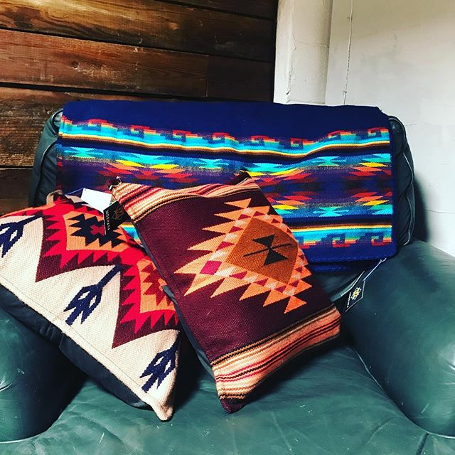 New blankets and pillows available to shop at our pop up @madi_apparel! We love mixing and matching prints.