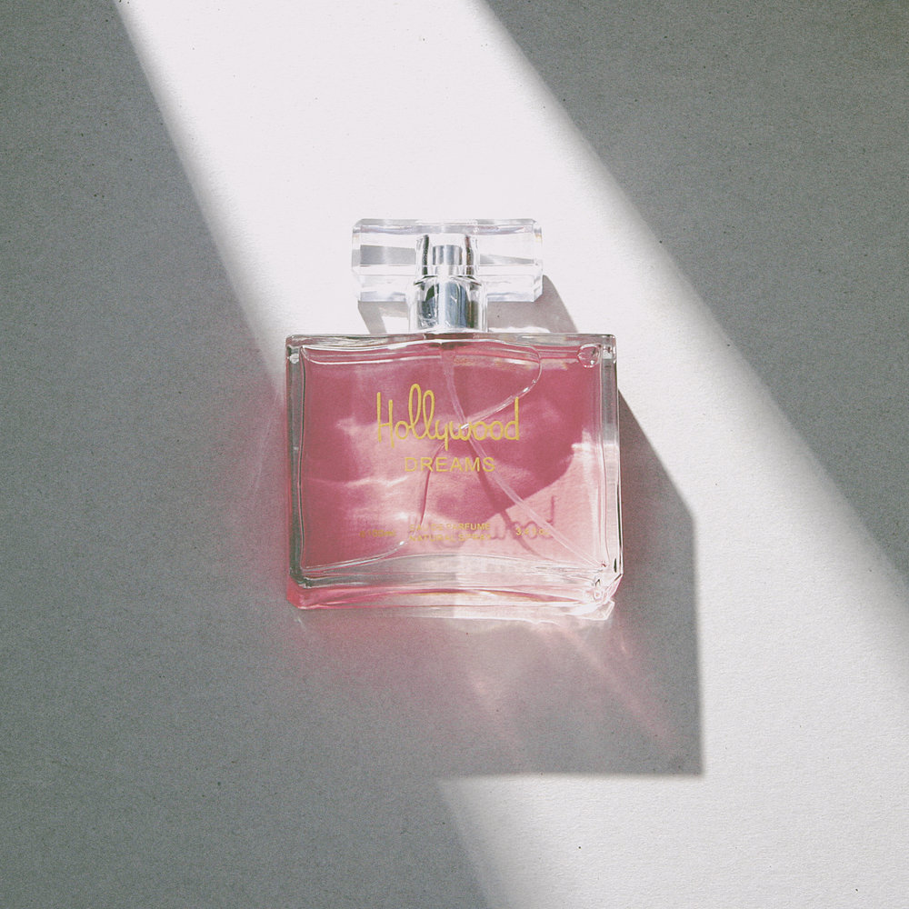 Fragrance_HollywoodDreams.jpg