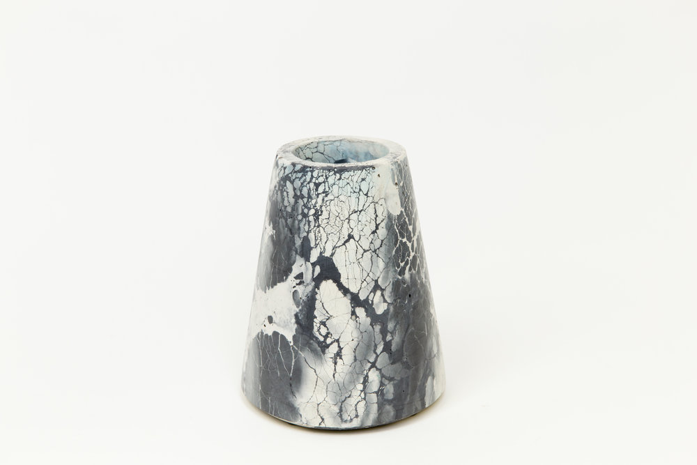 VESTA VASE - Concrete Cat