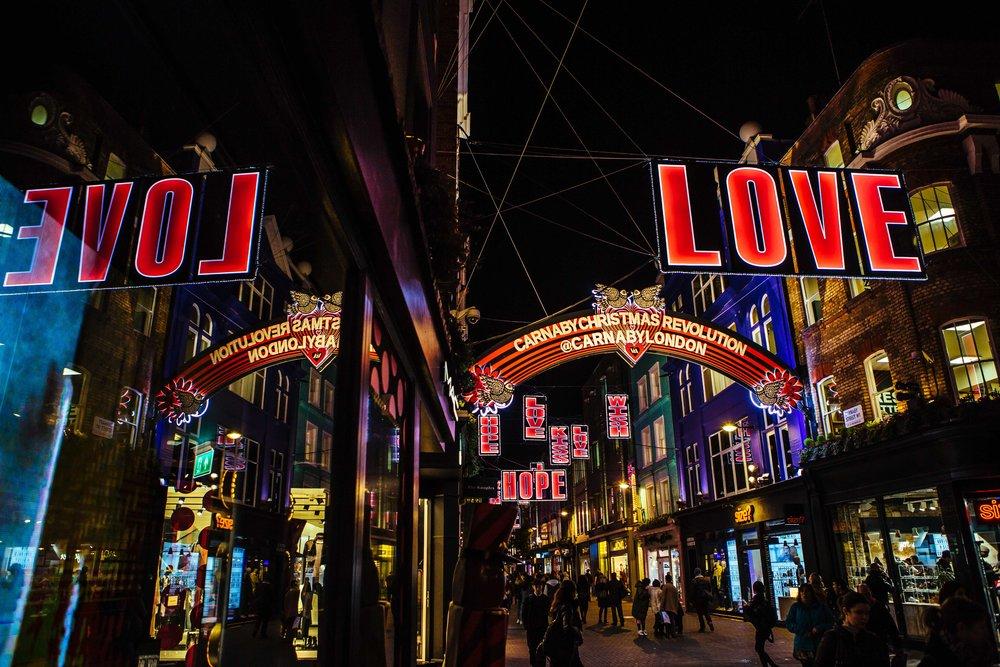 christmas_lights_carnaby_street_london
