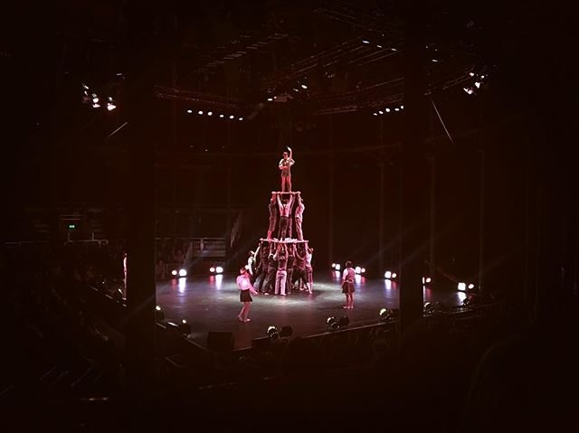 I'm not usually a fan of the circus but this was was not any circus - it was French Contemporary which was filled with humour and elegance and delivered with a poignant message 'alone we go faster, together we go further'. XYZ @roundhouseldn - go and see it!