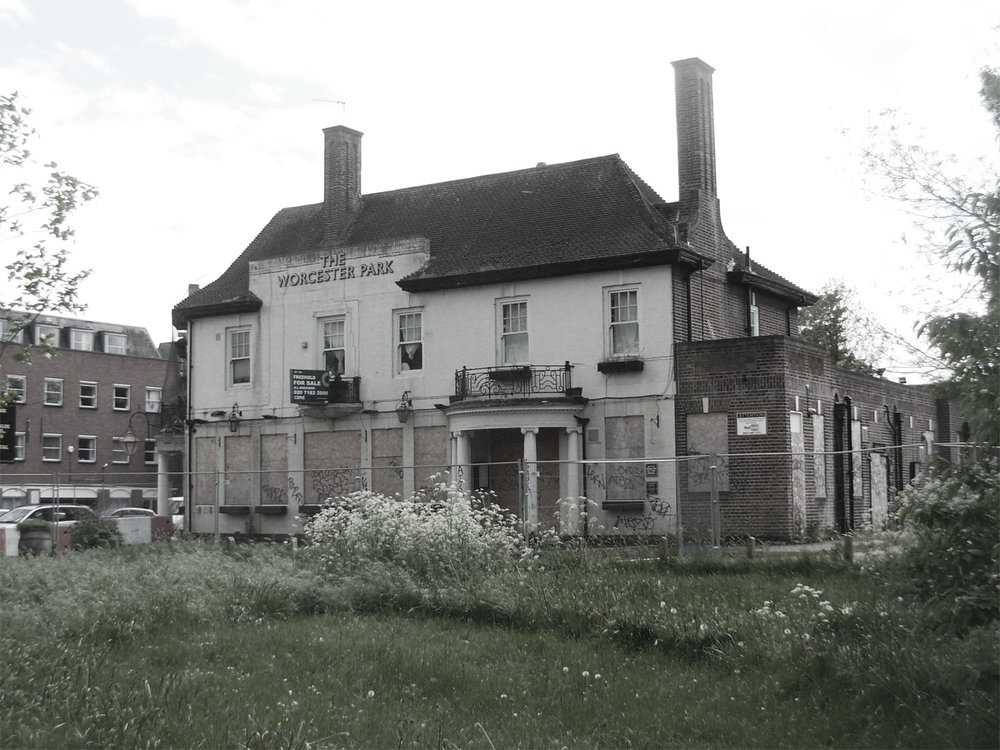 May 2017  Site visit for revitalised commission to see what can be done with the Worcester Park Tavern…