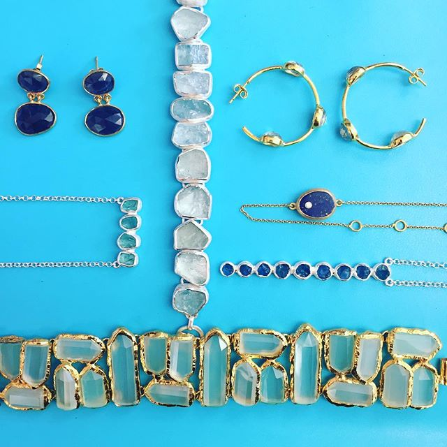 Feeling blue on this rainy Thursday 💙💎 #Aquamarine #Lapis #AquaChalcy #Iolite #Apatite