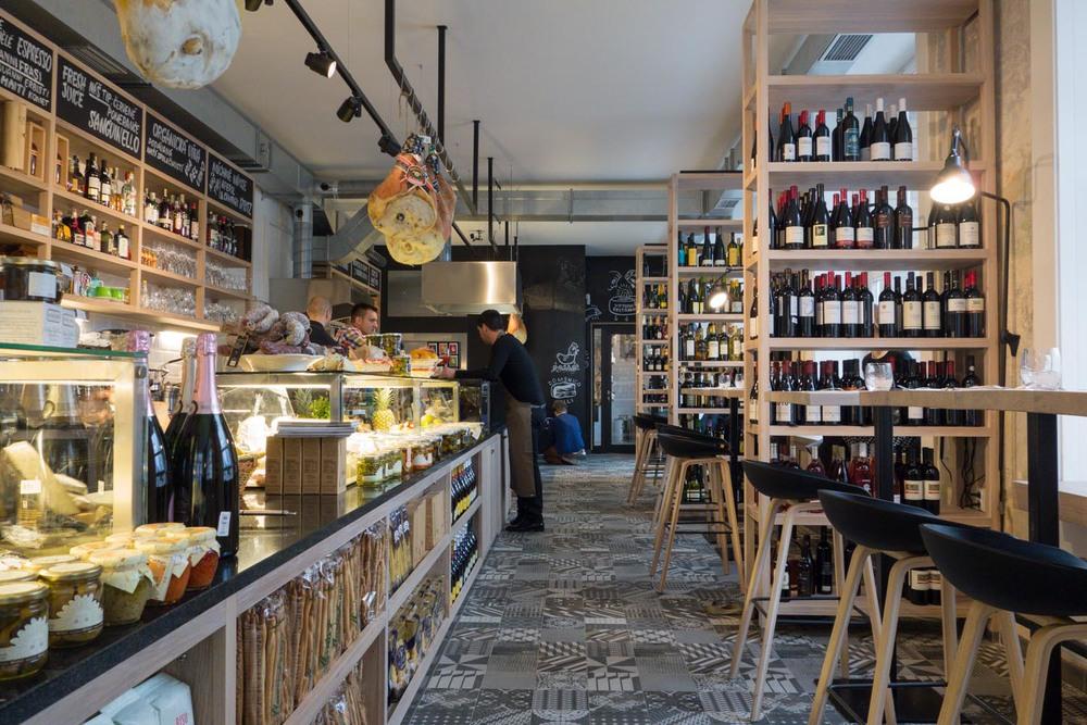 Gastronomica wine bar in Prague