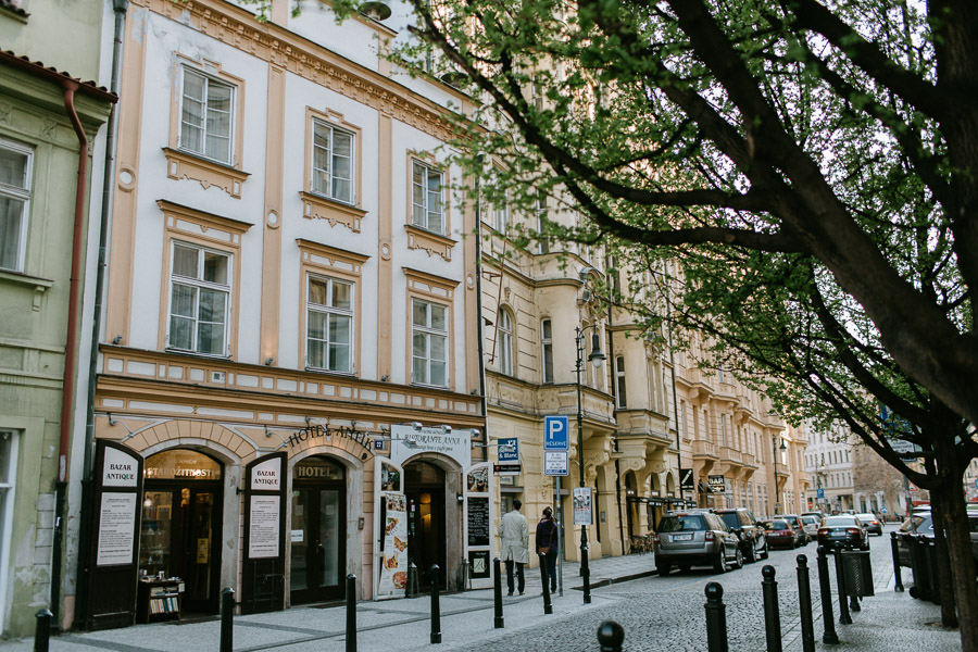 Prague off the beaten path: Dlouha street