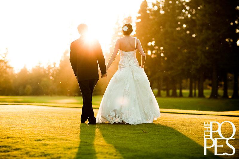 Bellingham_Golf_Country_Club_wedding_sunset_photos.jpg
