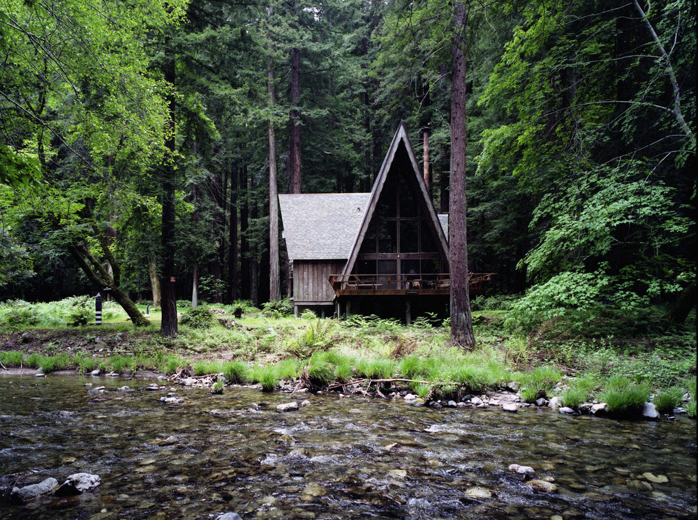 Cabin fever 50 states of style for Big sur cabin
