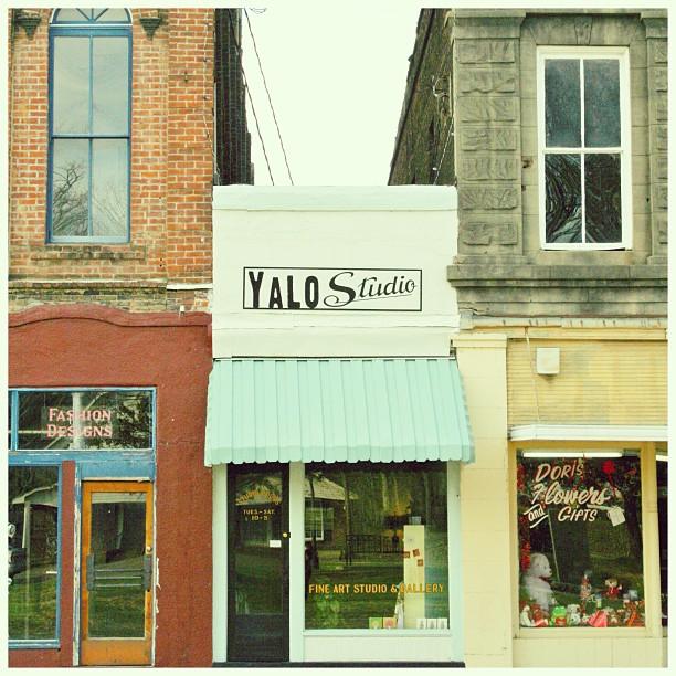 Yalo Studio art gallery