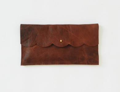 Matine  clutch  available at Amelia Presents