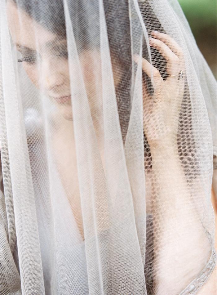 grey wedding veil.jpg