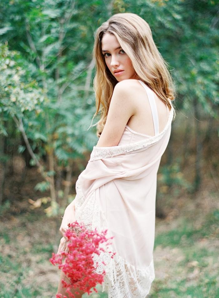 Outdoor Boudior with Lauren Peele Photography_0004.jpg